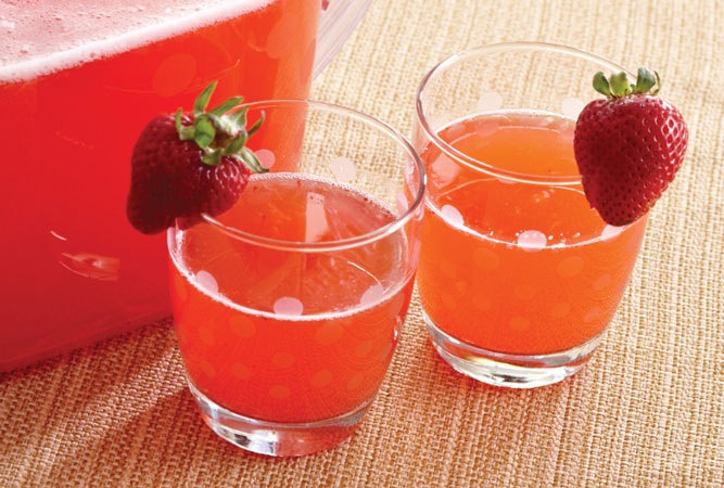strawberry-lemonade-quencher