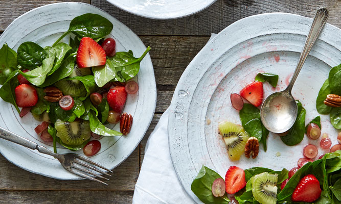 summer-fruit-spinach-salad