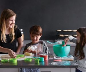 7 Ways to Teach Your Children About Hunger (and Take Action!)