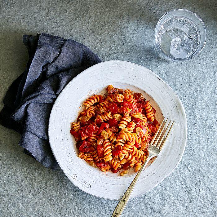 Roasted-Red-Pepper-Pasta.jpg